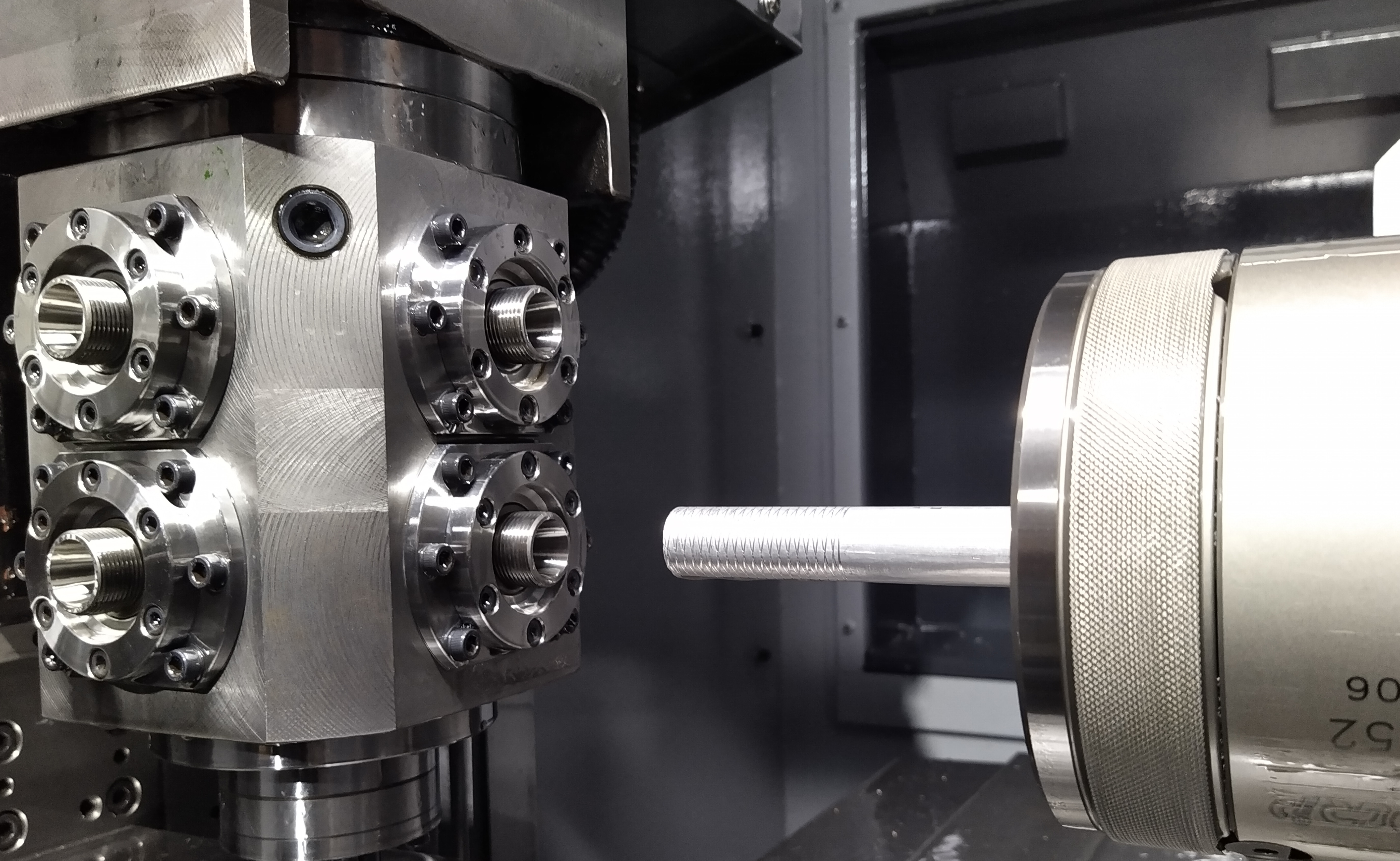2STB CNC Turning & Milling Center B Axis Machining Capability